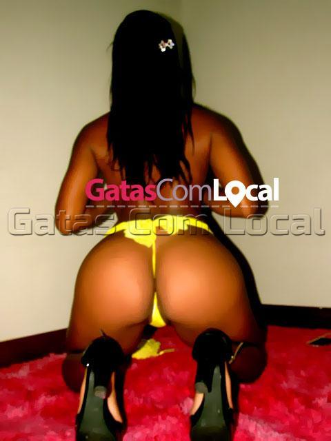 Jully-gatas-com-local-06 Jhully