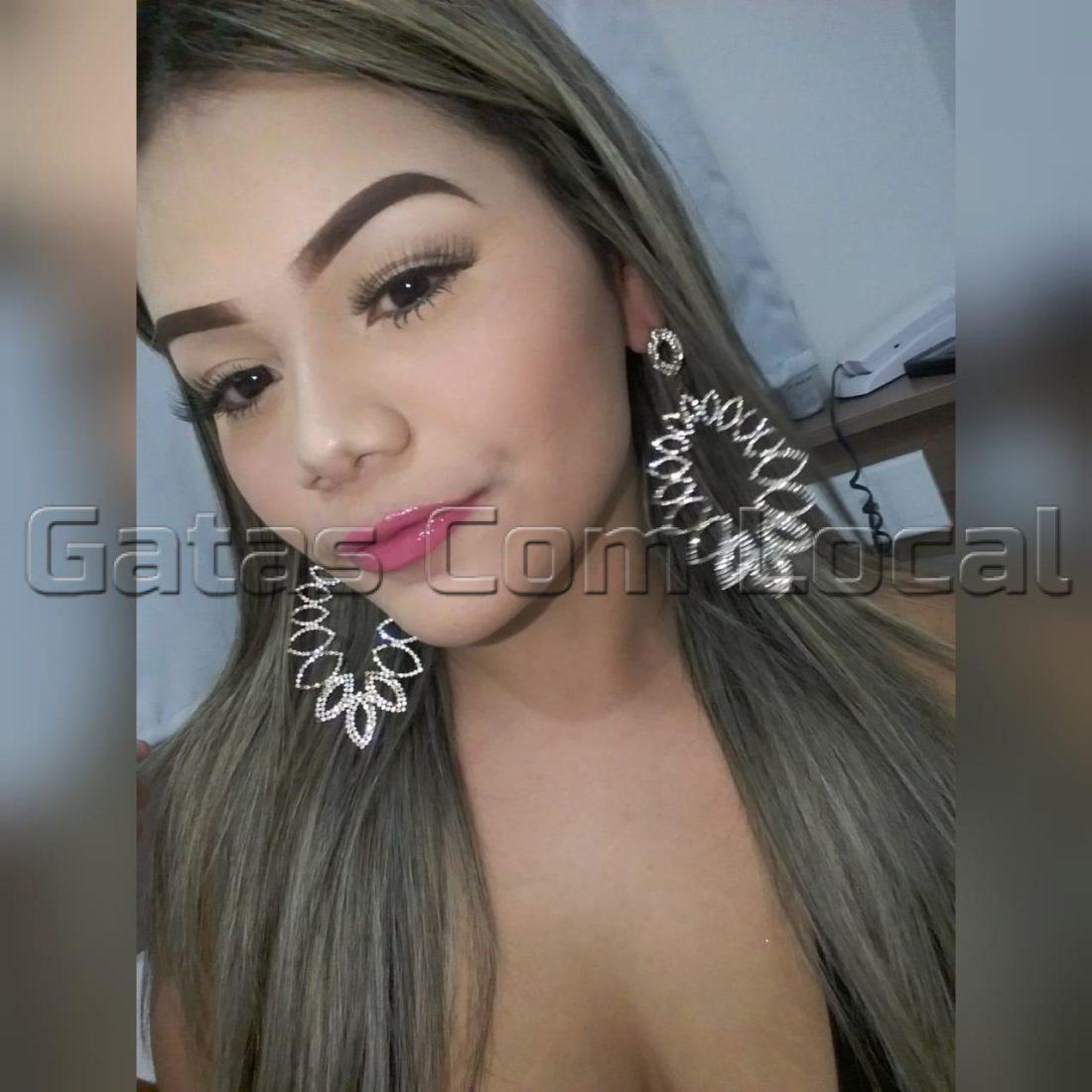 Júlia Namoradinha
