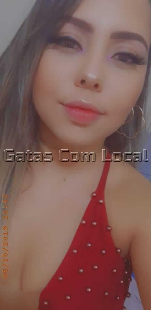 CLARA-DINIZ-GATAS-COM-LOCAL-02 CLARA DINIZ