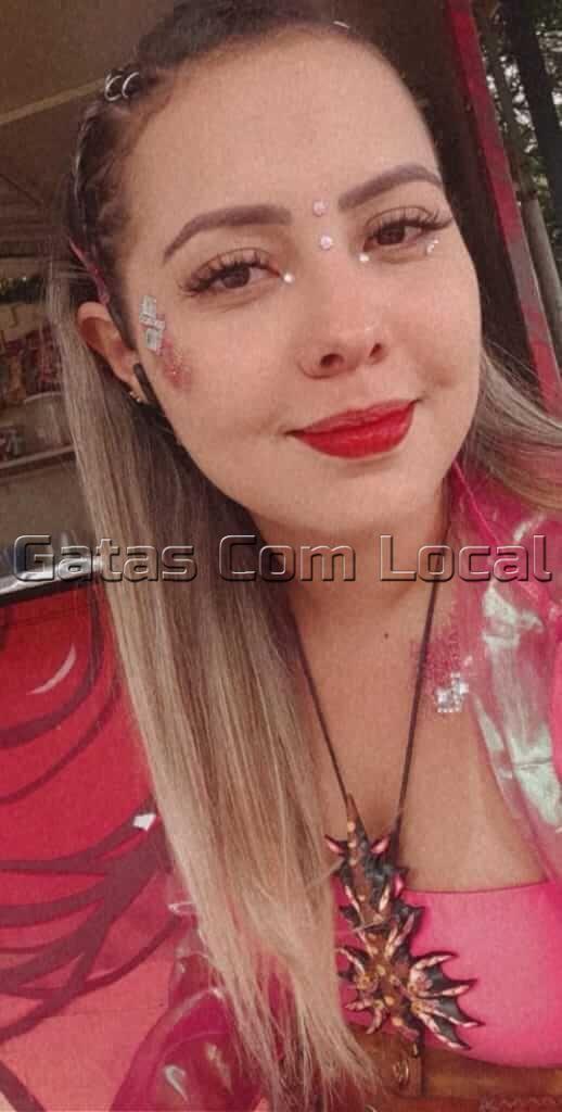 CLARA-DINIZ-GATAS-COM-LOCAL-03 CLARA DINIZ