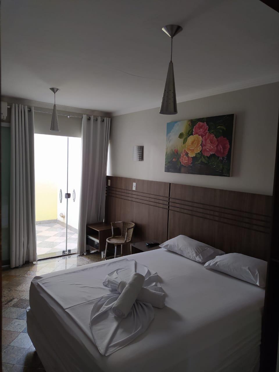 HOTEL-2 ALUGA SE FLATS MOBILLIADOS