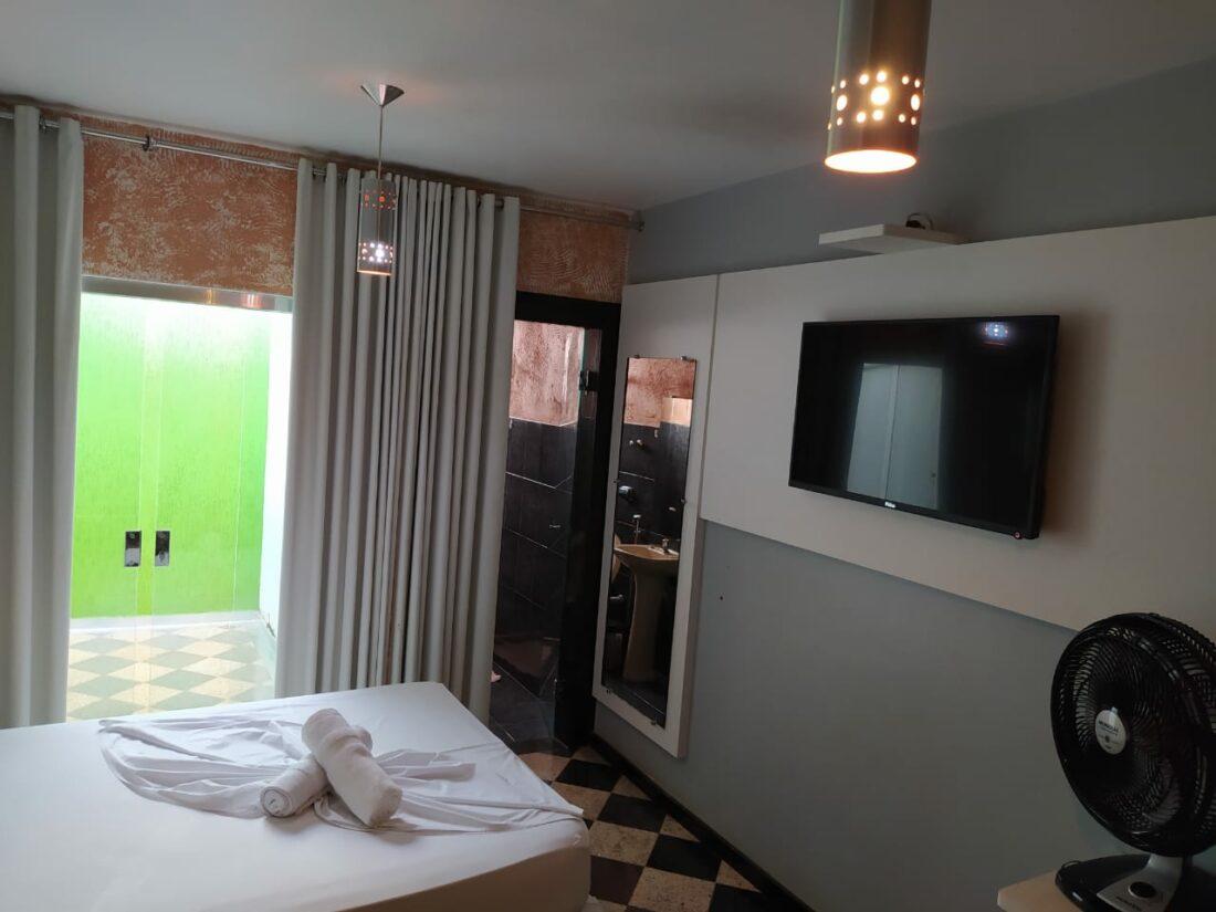 HOTEL-6 ALUGA SE FLATS MOBILLIADOS