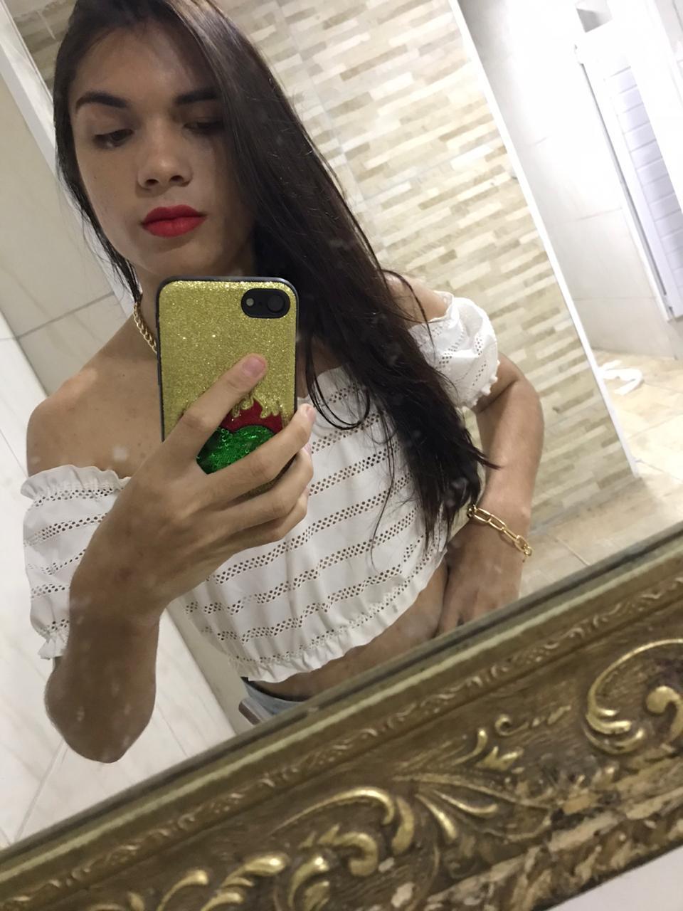 Letícia Silva – TRANS